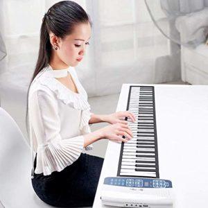 Main Roll Piano 61 clés, Piano électronique pliable portable pour enfants numériques Piano Hand Roll Piano Bluetooth Piano Instrument de musique (Couleur: 61 touches blanches)